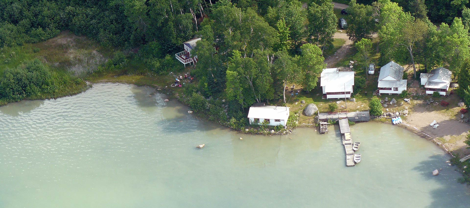 bruce-bay-cottages-aerial