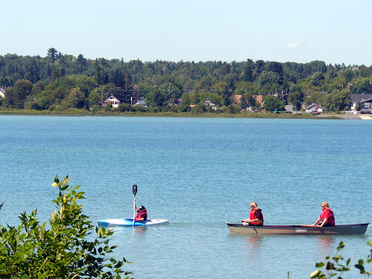 kayak-boating-lake-huron