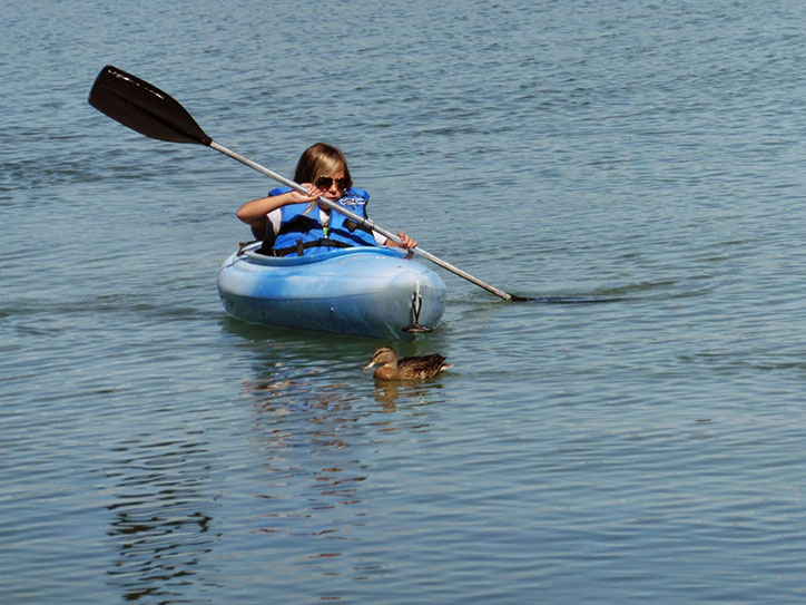 kayaking-with-nature
