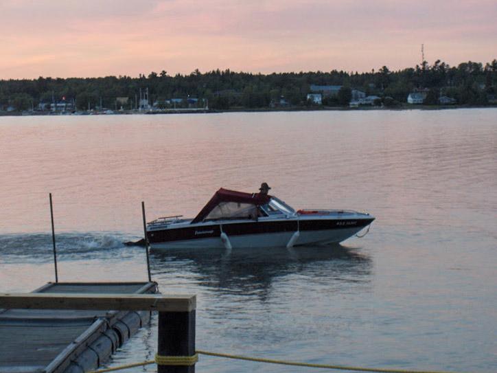 boat-near-dock