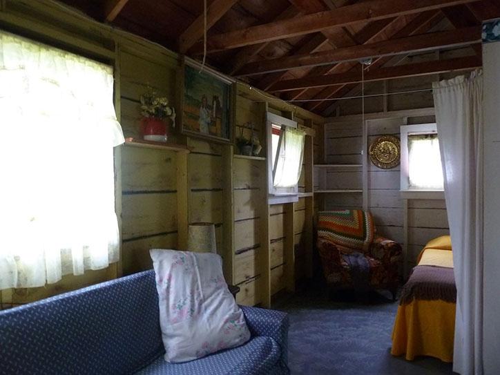 cottage-1-living-room