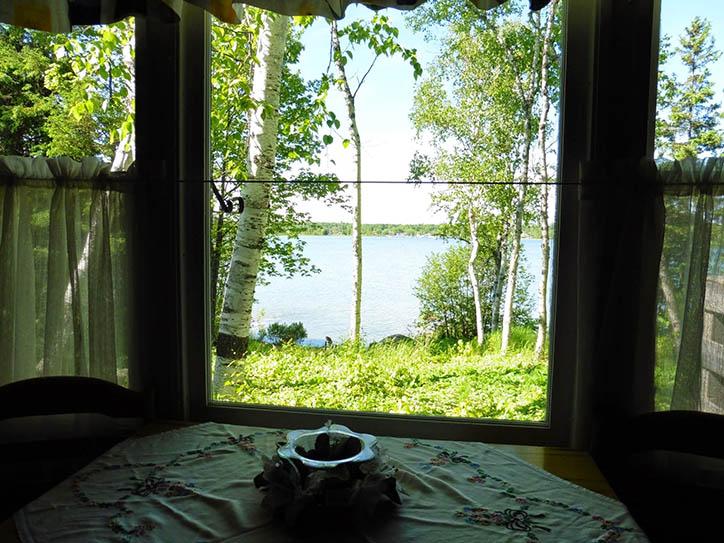 cottage-2-window