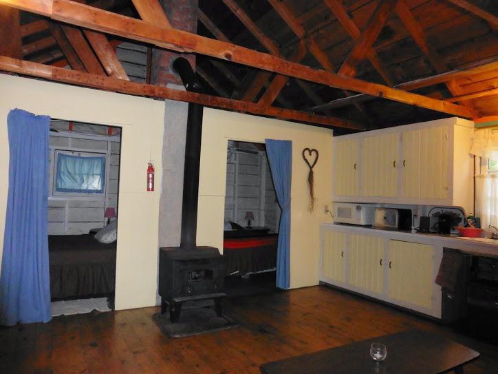 cottage-3-living-room