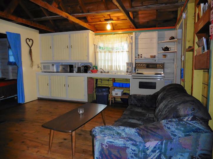 cottage-3-living
