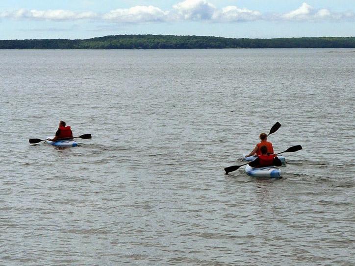 kayaking-together