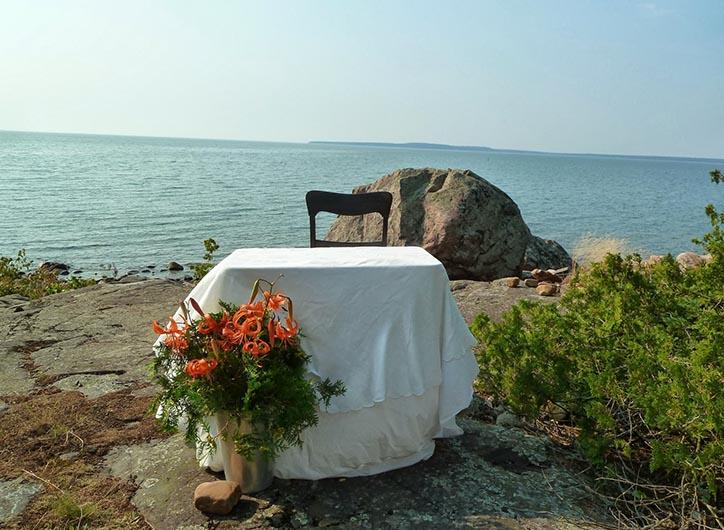 setup-by-the-lake